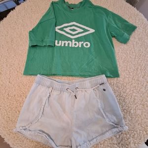 Set Umbro Green T-Shirts with Pipping Hot 12 Denim Shorts